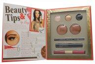 Sunkissed By Lucy Get The Look: Set de Regalo Glamour y Oro 3 x Sombra de Ojos + 2 x Polvo Bronceador + Lápiz de Ojos Kohl Negro + Rímel Negro + Brillo de Labios Doble