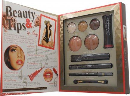 Sunkissed By Lucy Get The Look:  Set de Regalo Glamour Natural 3 x Sombra de Ojos + Colorete + Bronceador + Rímel Negro + Lápiz de Ojos Líquido Negro + Lápiz de Ojos Khol Negro + Pintalabios + Aplicador