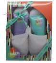 Style & Grace Bubble Boutique Set de Regalo Zapatillas 150ml Gel Corporal + 150ml Loción Corporal + Zapatillas (Talla Única)